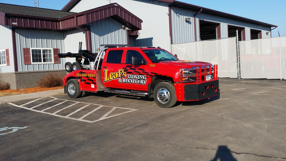 Towing business in Cambridge, MN