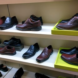46fd150aeb Clarks - 11 Reviews - Shoe Stores - 2035 Stoneridge Mall Rd ...