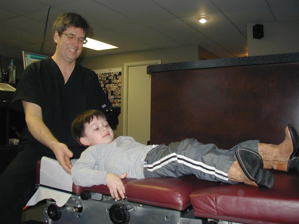 Pardun Family Chiropractic, PC: 3650 SW US Hwy 40, Blue Springs, MO