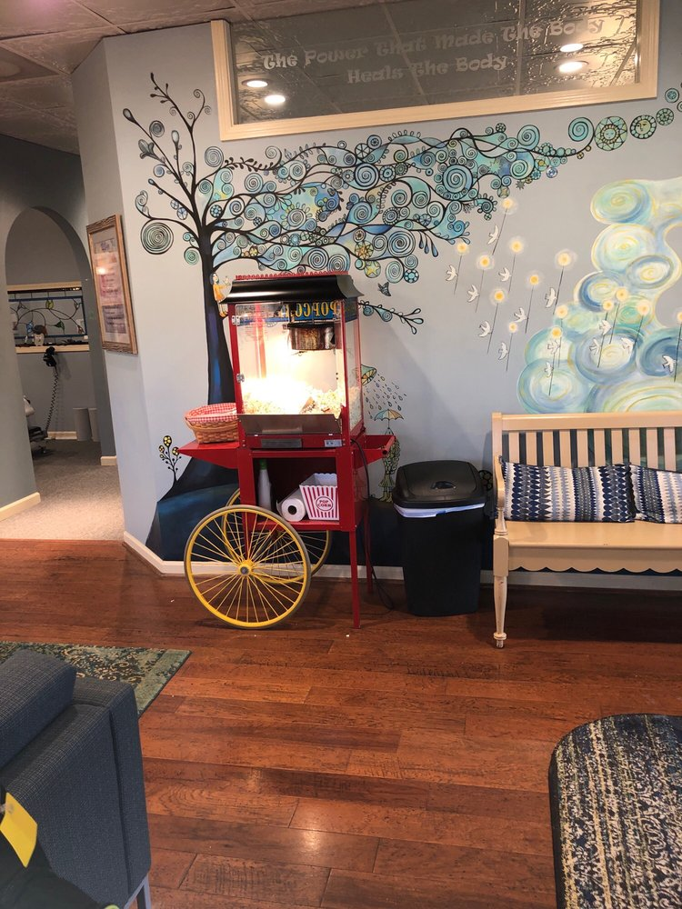 Ferguson Family Chiropractic: 4609 S Main St, Acworth, GA