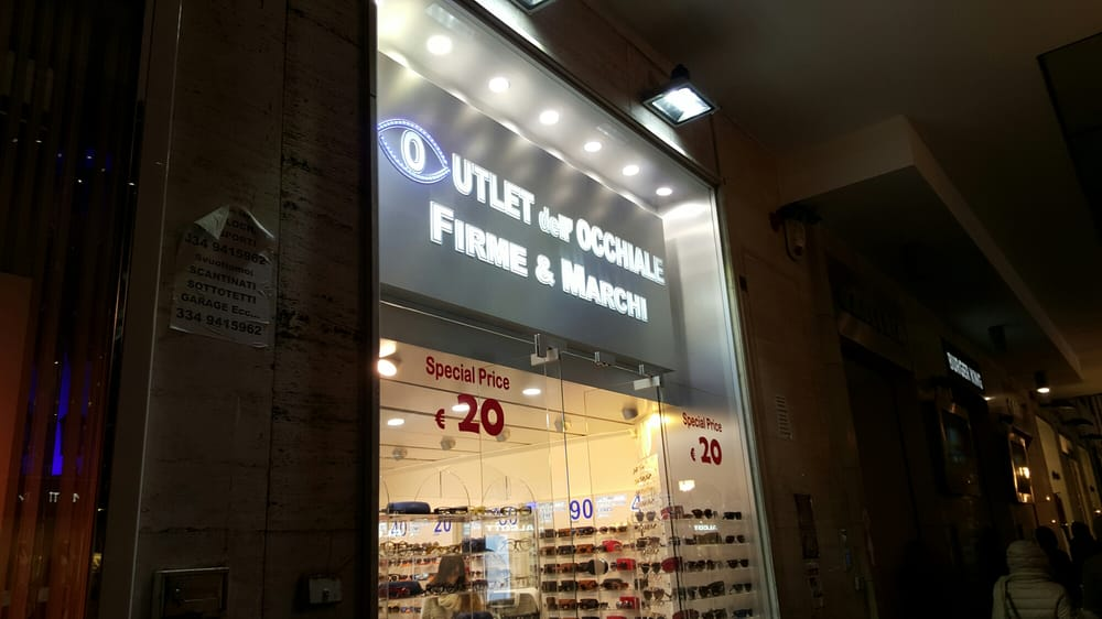 Outlet dell\'Occhiale Firme & Marchi - Eyewear & Opticians - Corso ...