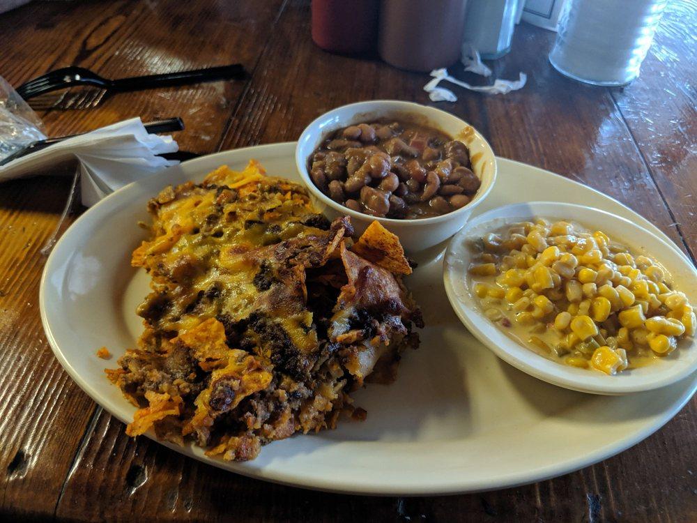 Sowell's BBQ: 114 W Thornton St, Three Rivers, TX