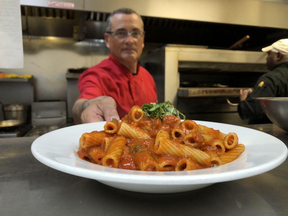 Papa Lozzi Italia: 504 N Alafaya Trl, Orlando, FL