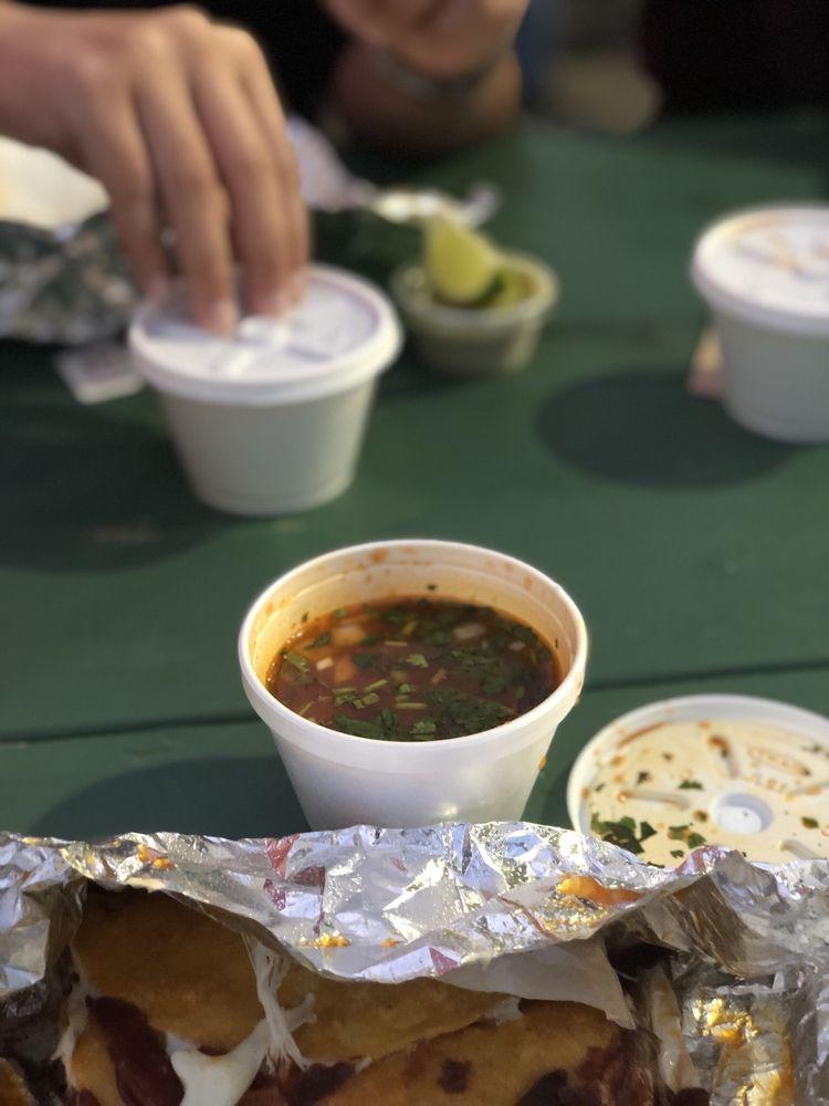 Tacos El Gym: 8423 Airline Dr, Houston, TX