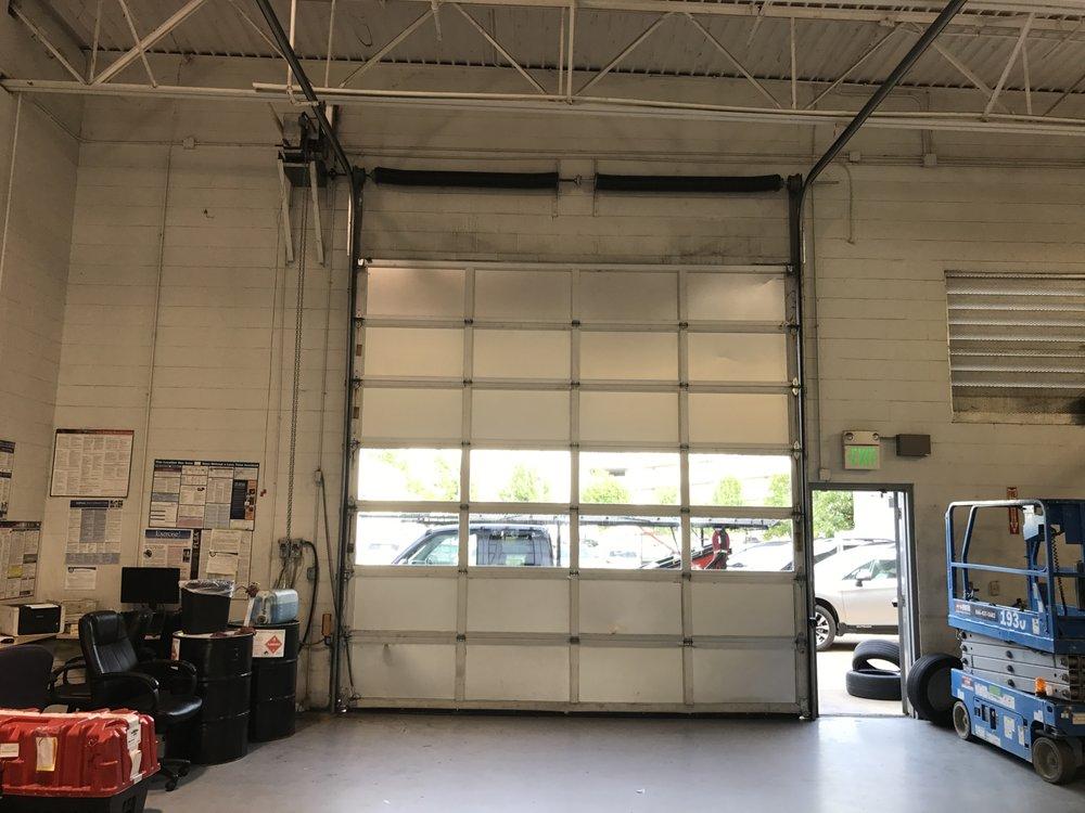 Quality Garage Door Services: Carrollton, TX