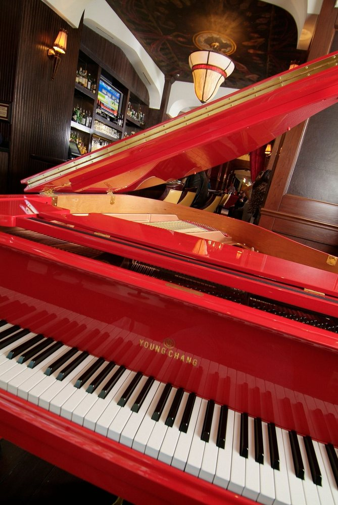 Red Piano Lounge
