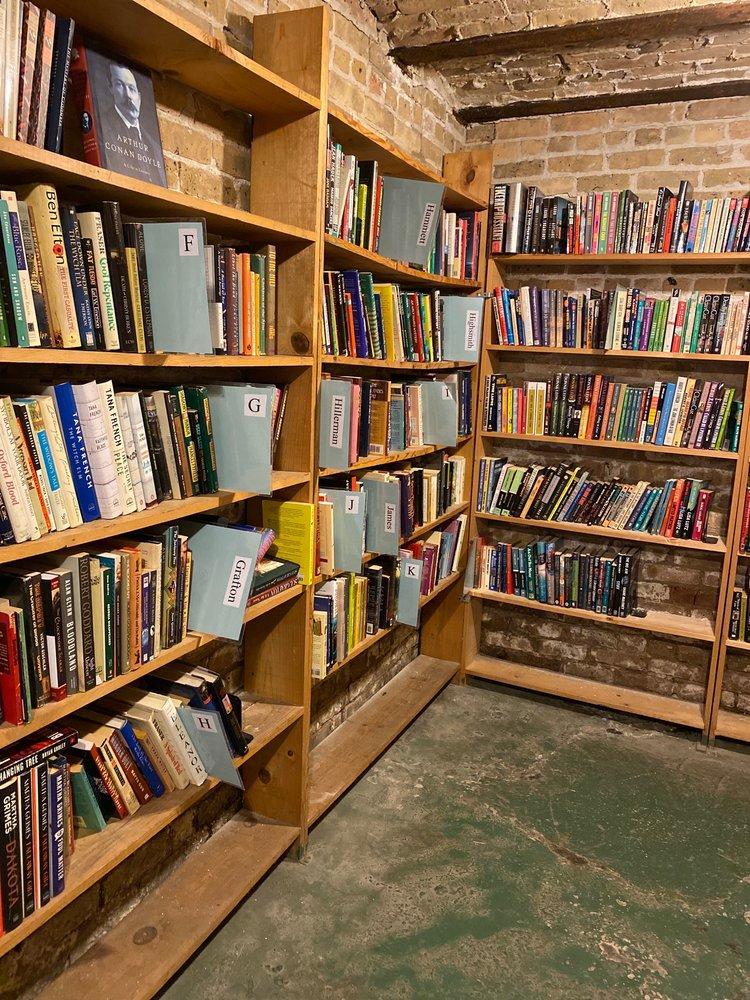 Myopic Books: 1564 N Milwaukee Ave, Chicago, IL