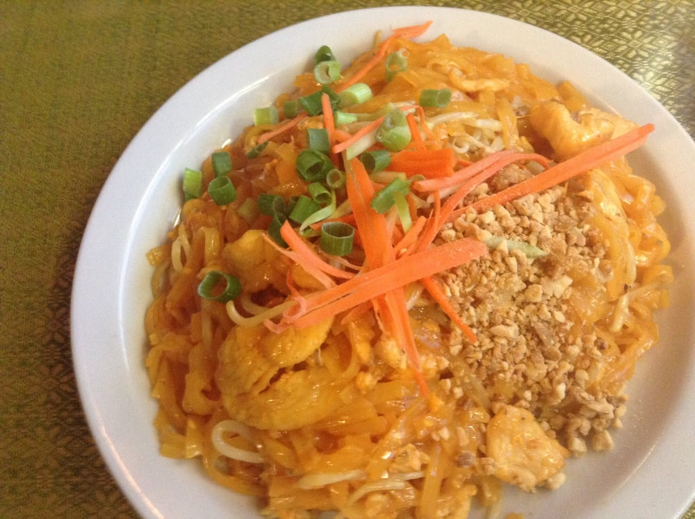 Kaow thai order online 20 photos 59 reviews thai for Authentic thai cuisine portland