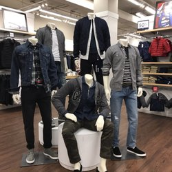 183bbac43 Gap Outlet - 48 Reviews - Men's Clothing - 400 Fulton St, Downtown ...