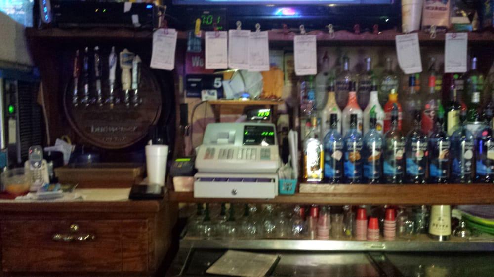 Rockin'c Bar & Grill: 217 Main St, Garden City, MO