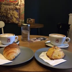 The Best 10 Cafes Near Theresienwiese In München Bayern Yelp