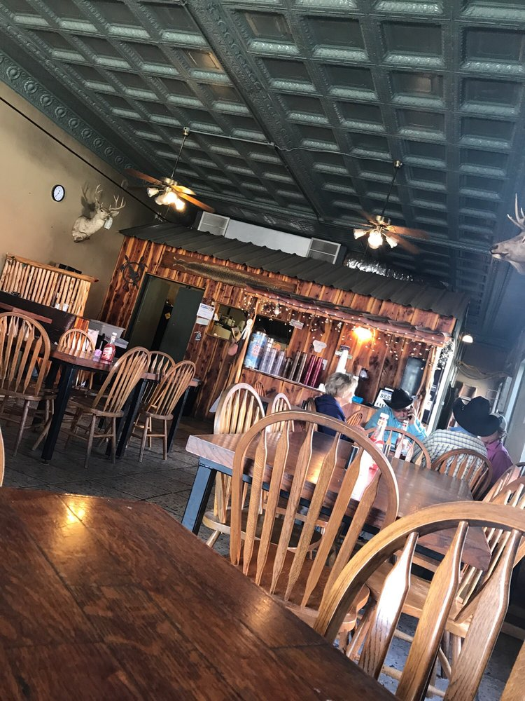 Staghorn Cafe: 100 S Main St, Cross Plains, TX