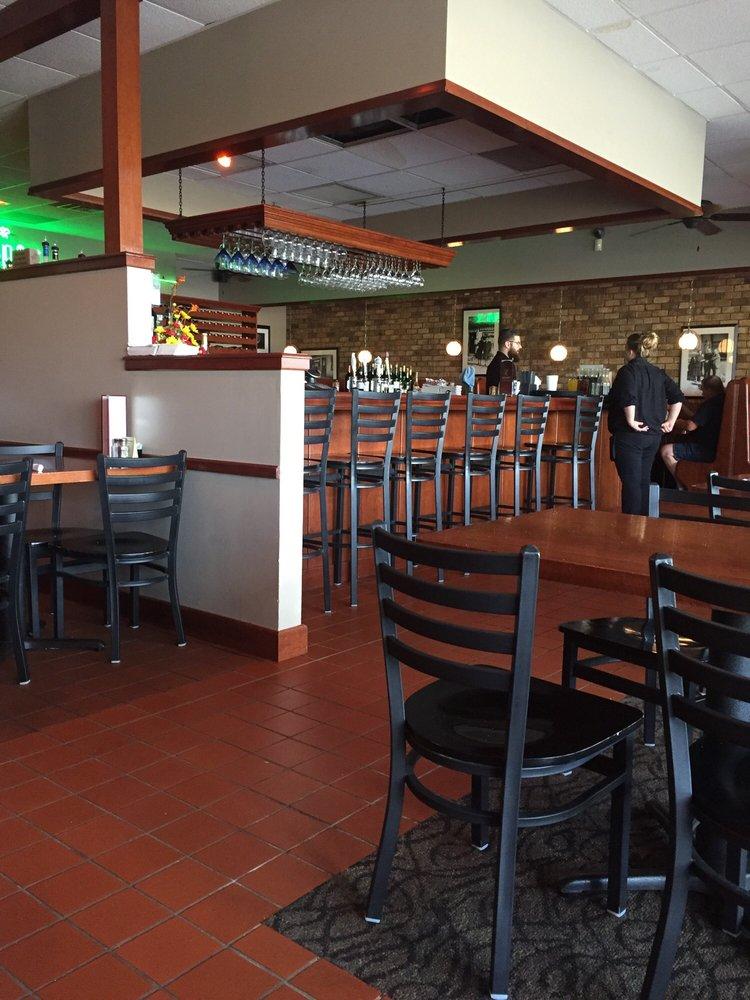 Restaurants Near Davenport Ia