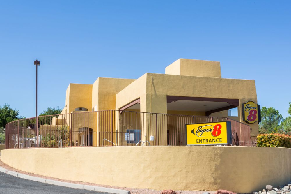 Super 8 by Wyndham Cottonwood: 800 S. Main Street, Cottonwood, AZ