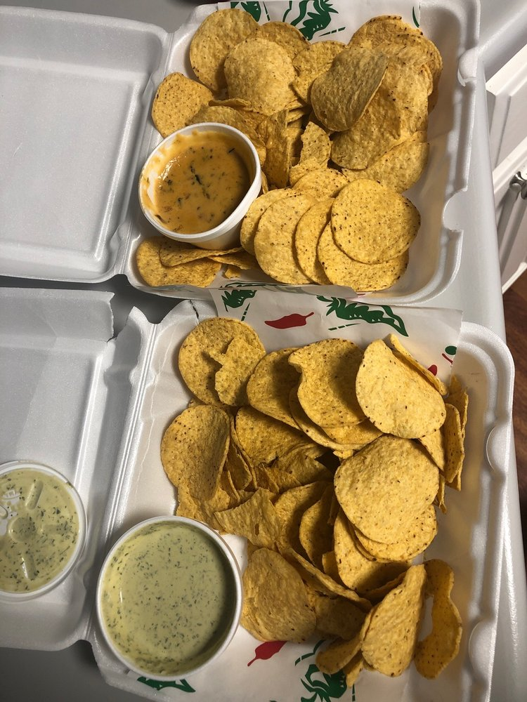 Chilito's Express: 826 Johns Rd, Boerne, TX