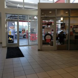 Superb Photo Of North Hills Toyota Service Center   Pittsburgh, PA, United States.  Waiting