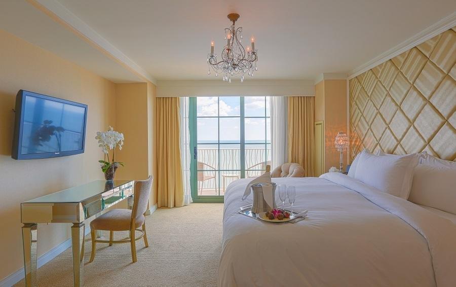 Hilton virginia beach oceanfront 167 photos 168 reviews hotels 3001 atlantic ave for Virginia beach suites oceanfront 2 bedroom