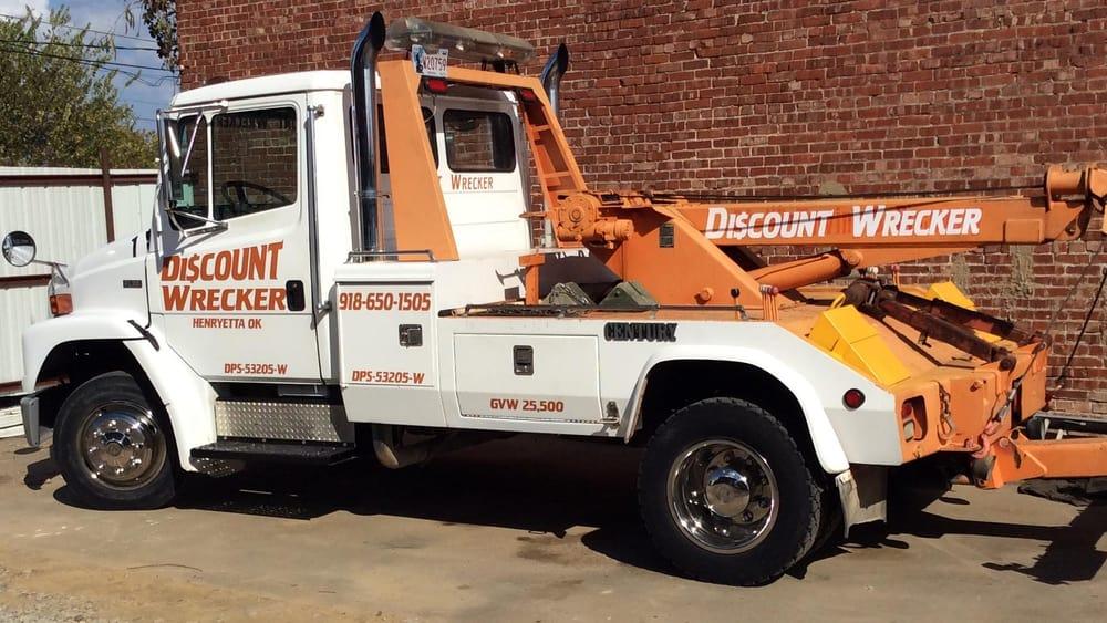 Discount Wrecker: 28885 Dewey Bartlett Ave, Henryetta, OK