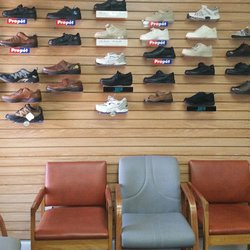 photo of cantilever shoe store metairie la united states