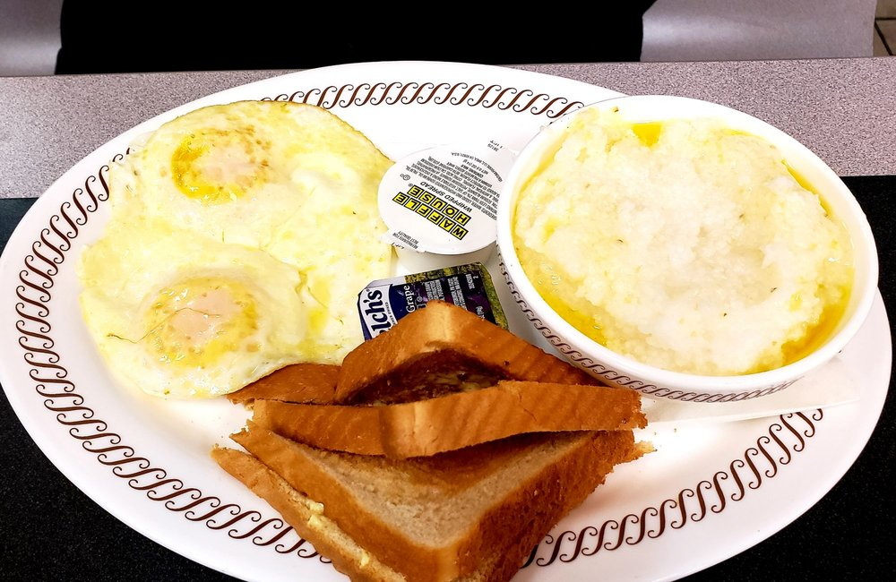 Waffle House: 6840 State Route 123, Franklin, OH