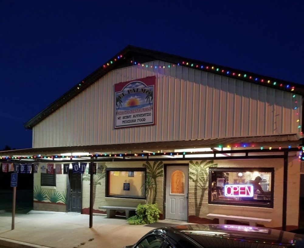 El Palmo Mexican Restaurant: 224 N Grand St, Crescent, OK