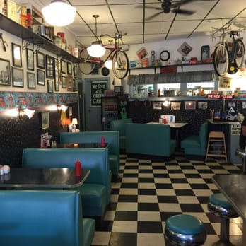 Photo Of Burleigh S Luncheonette Ticonderoga Ny United States The Ambiance