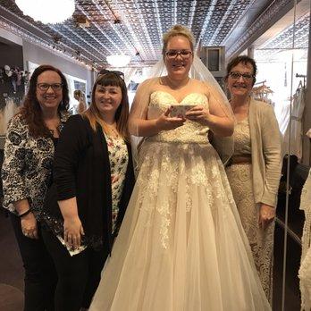 Wendy\'s Bridal Cincinnati - 26 Photos & 43 Reviews - Bridal - 301 W ...