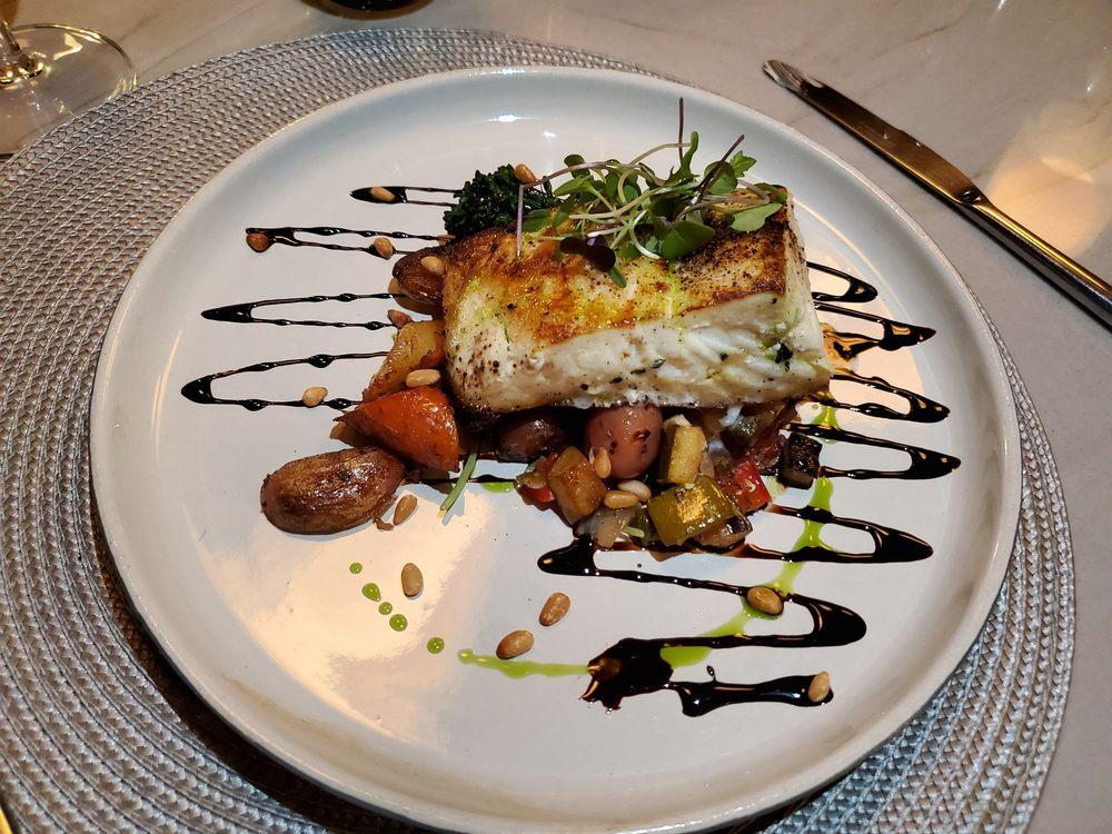 Meadowlark Restaurant: 6 Stockton Ave, New Hope, PA