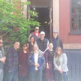 Brooklyn Literary Pub Crawl Photos Bar Crawl Henry St - The greenwich village literary pubcrawl