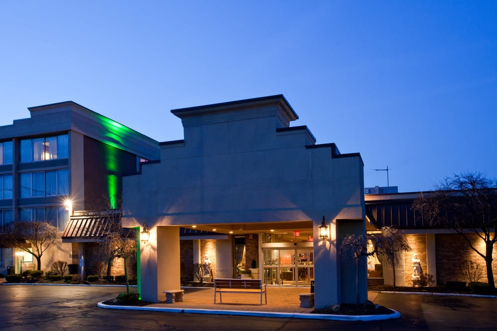Holiday Inn Cleveland-Mayfield: 780 Beta Dr, Mayfield, OH