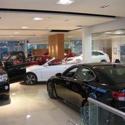 Lexus Downtown Car Dealers Dundas Street E Toronto ON - Lexus dealership toronto