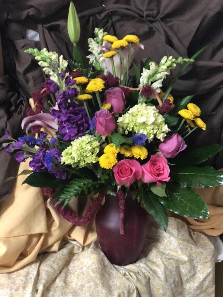 Elite Floral & Gift Shoppe: 504 N Alafaya Tr, Orlando, FL