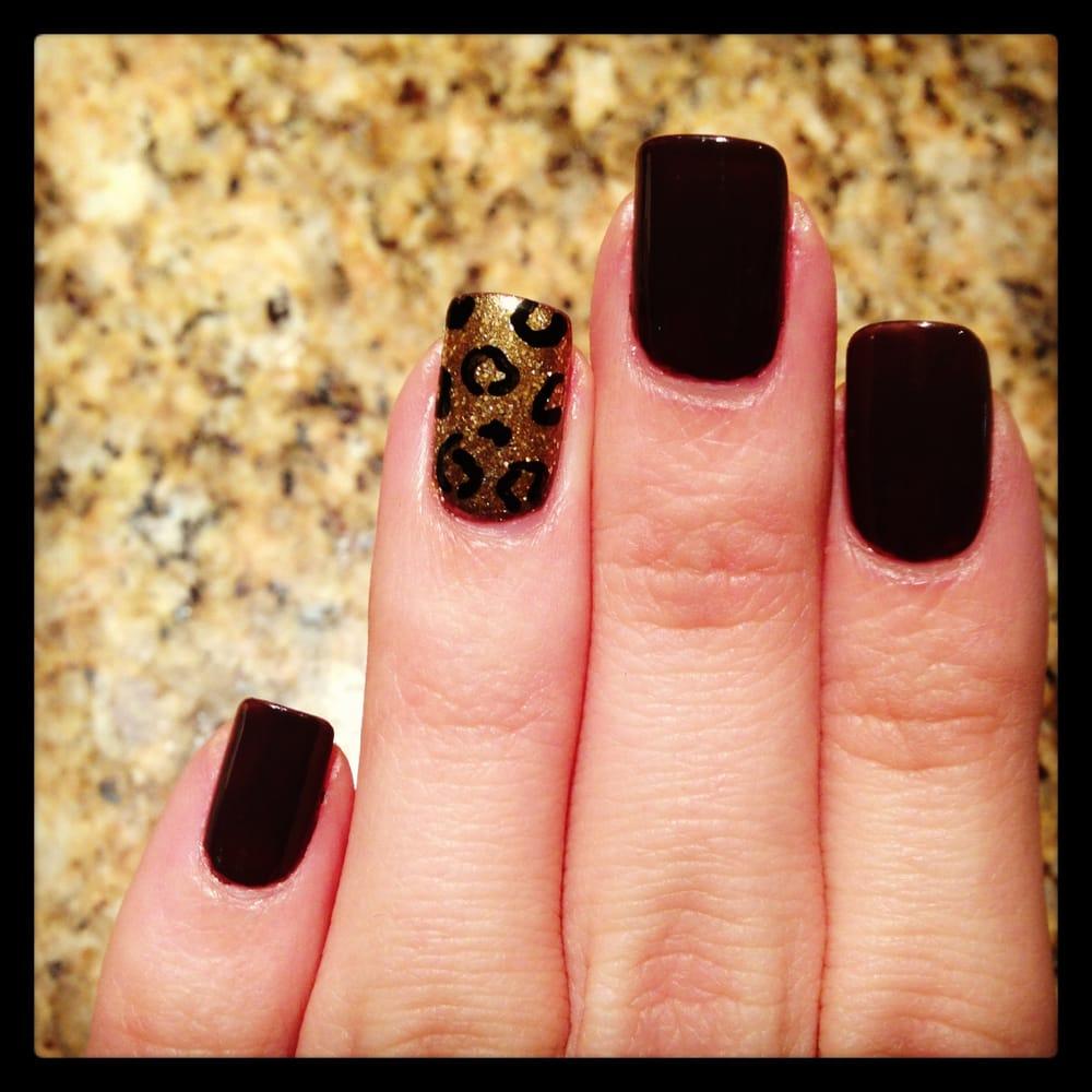 Golden Nail Salon: Leopard