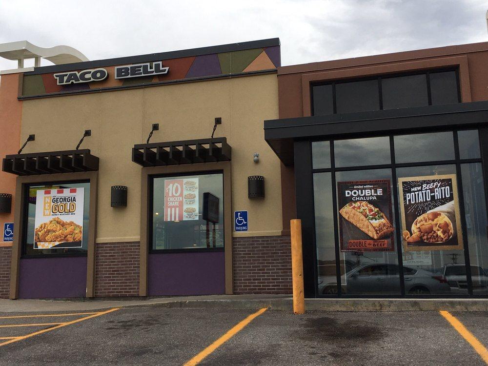 Taco Bell: 737 Overthrust, Evanston, WY