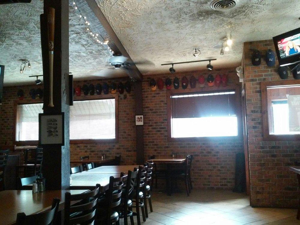 Davinci's Italian Restaurant: 1616 E Chicago Rd, Sturgis, MI