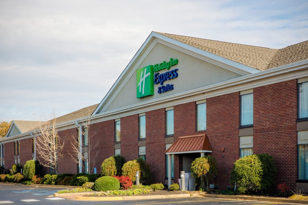 Holiday Inn Express & Suites Corinth: 2106 US Hwy 72 W, Corinth, MS