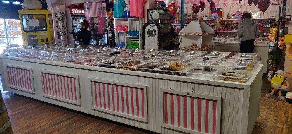 Sugar Shack Candy Store: 1 Royal St, Salado, TX