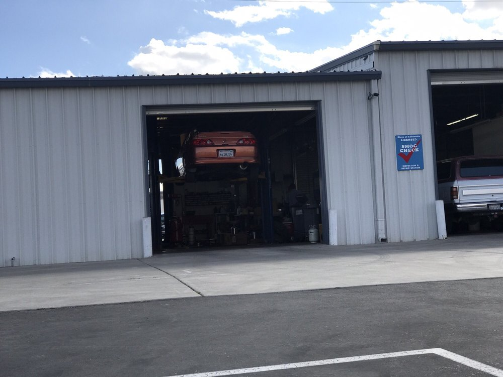 Mike's Auto Service: 1720 W Main St, Barstow, CA