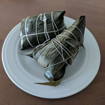 Zongzi/Jong sticky rice wrapped in leaf - Yelp