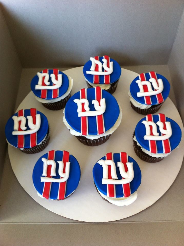 Ny Giants Cupcakes Yum Yelp