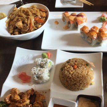 Red fish 102 photos 47 reviews sushi 1433 union for Plenty of fish memphis