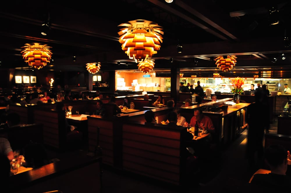 Houstons Restaurant Pasadena