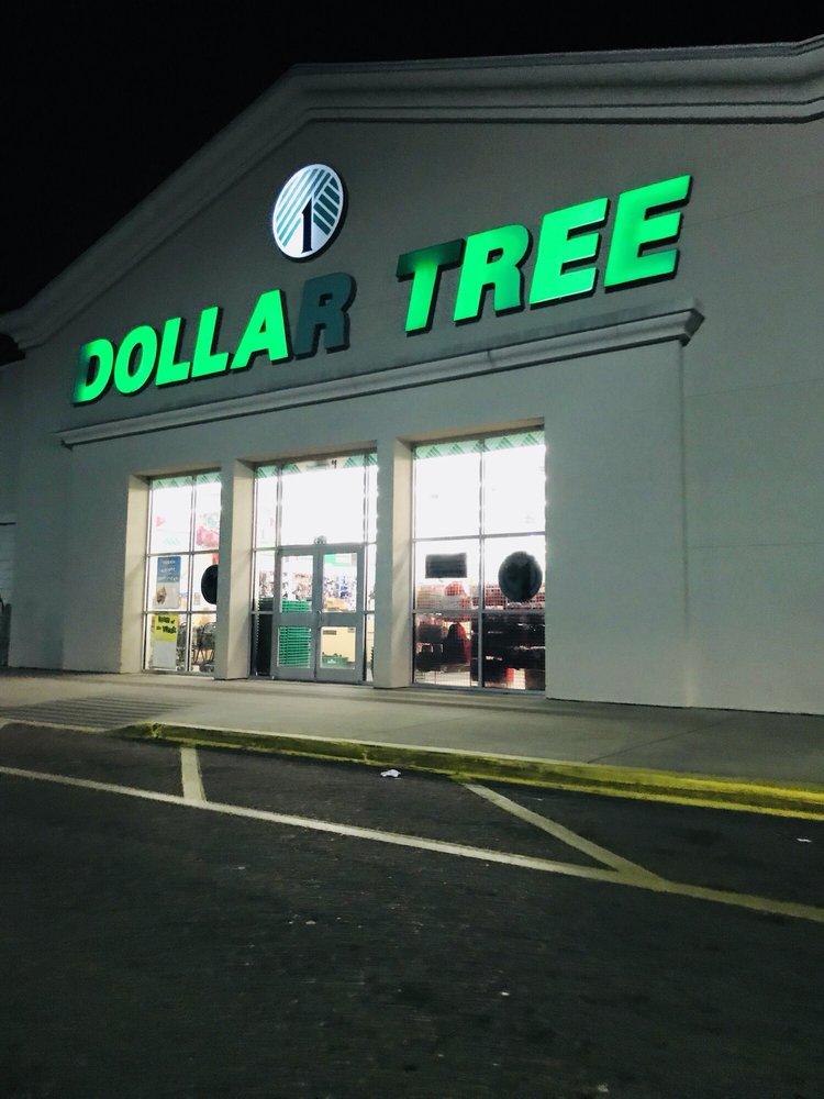 Dollar Tree: 2302A Hwy 82 W, Greenwood, MS