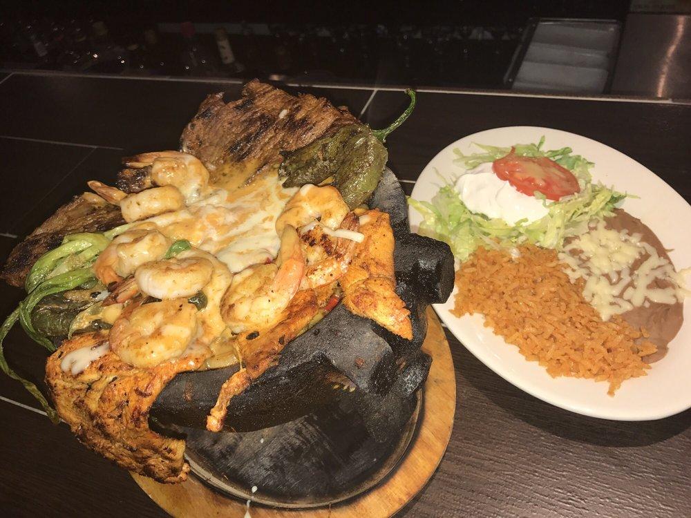 Mi Tierra Mayas Mexican Grill: 7920 A Chesapeake Blvd, Norfolk, VA