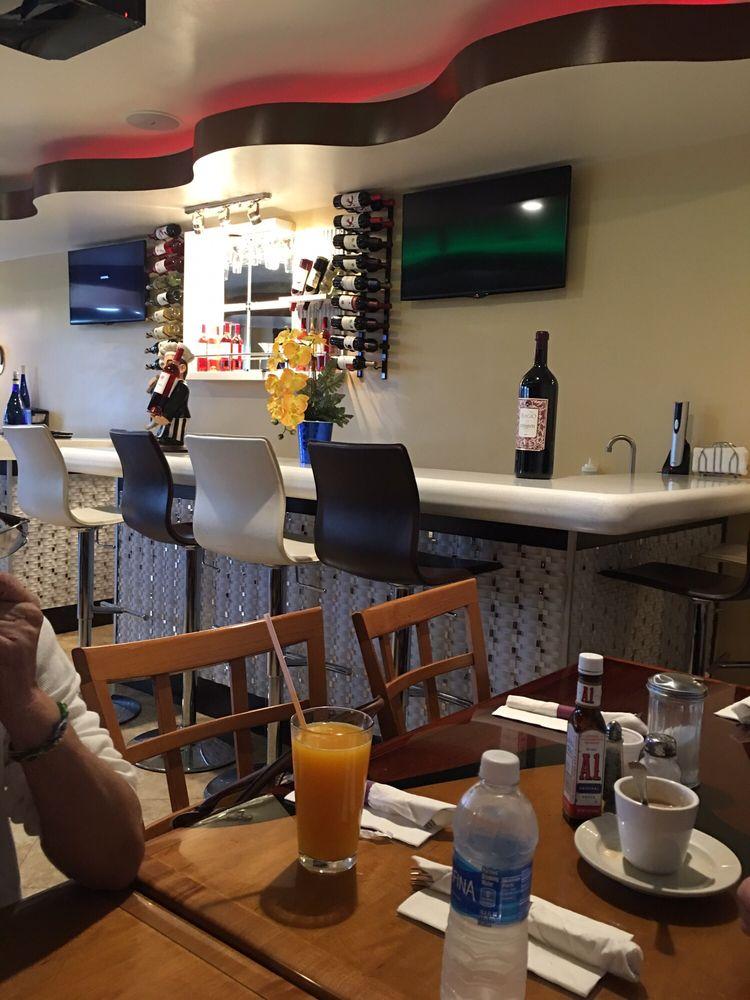Las americas restaurant 38 fotos y 18 rese as cocina for Cocina dominicana