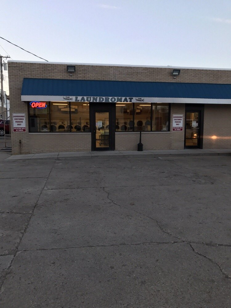 Princeton Laundry Village: 12 W Peru St, Princeton, IL
