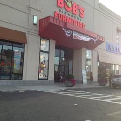Foto De Bobu0027s Discount Furniture   Bronx, NY, Estados Unidos. Entrance
