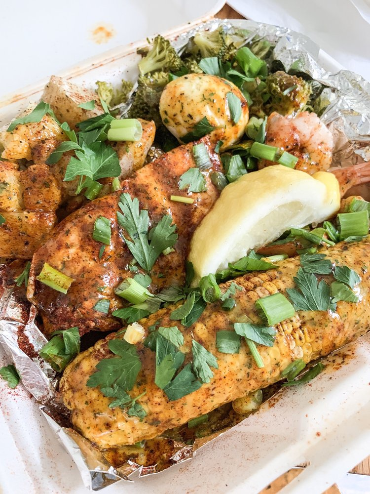 Chef Oya's The Trap: 3355 North Keystone Ave, Indianapolis, IN