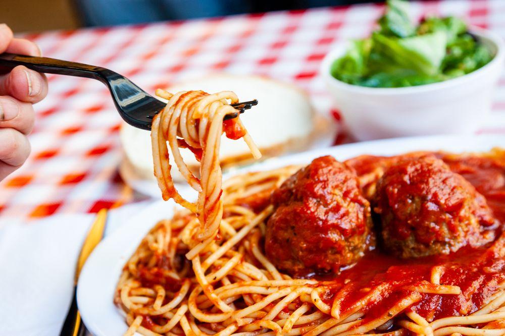 Johnny C's Deli & Pasta: 7012 Universal Ave, Kansas City, MO