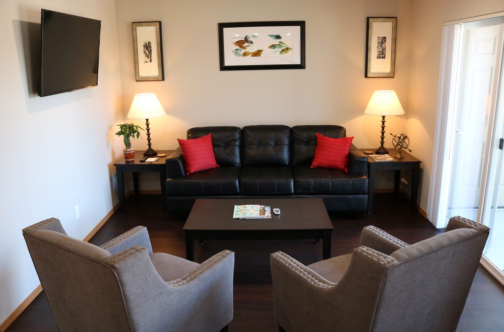 Autumn Leaf Furnished Apartments: 12911 W 13th Ave, Airway Heights, WA